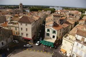 Car hire Arles