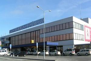Car hire Berlin Schönefeld Airport