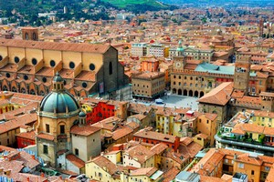 Car hire Bologna
