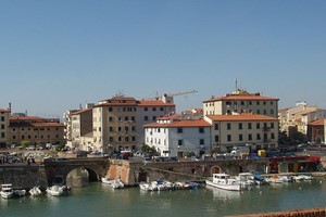 Car hire Livorno