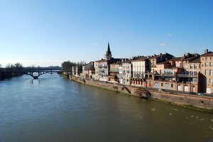 Car hire Montauban