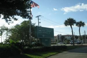 Car hire Palm Beach Airport