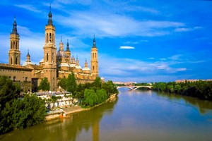 Car hire Zaragoza
